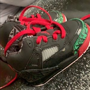 Jordan 4 size 4C